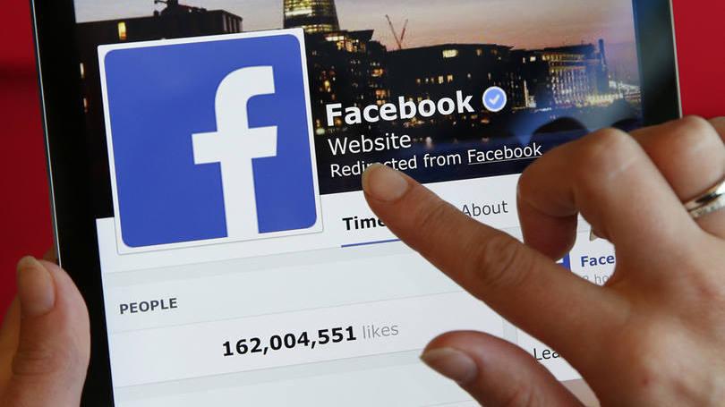 facebook menos posts pessoais